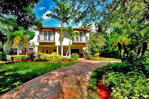villa in Coconut Grove