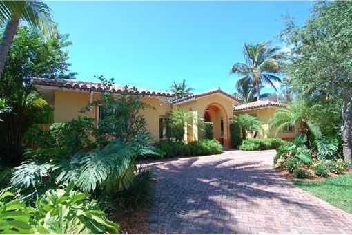 villa in Key Biscayne