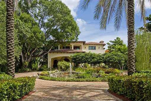 villa in Coconut Grove