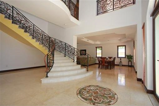 Luxurious entrance hall