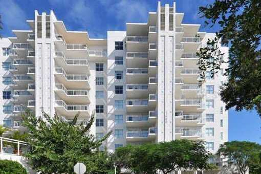apartment in Sarasota for sale