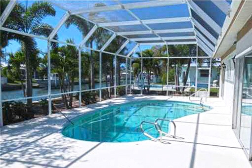 Bright and spacious glazed swimming pool