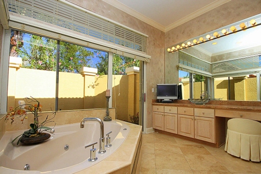 Luxurious bathroom with spa