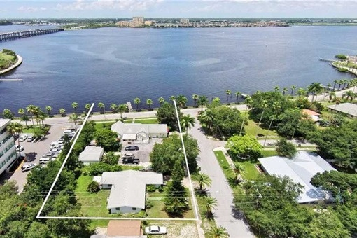 lot in Bradenton